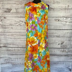 VINTAGE 70's Hawaiian Floral Caftan Muumuu Dress